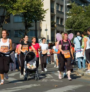 Paris, September 2007, women marathon of 6,5 km around Tour Eiffel