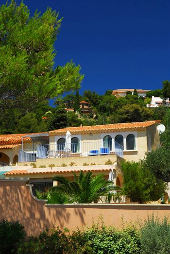 Lush gardens and villas on French Riviera