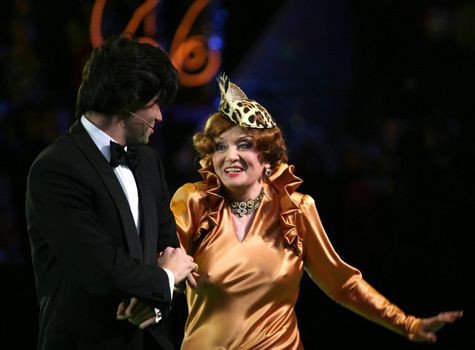 Nikolay Tsiskaridze and Tatyana Shmyga on a circus ring