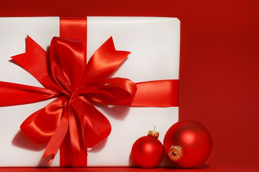 Big red bow on gift