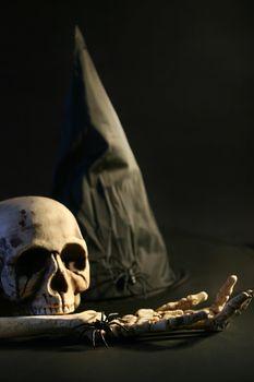 Halloween hat and skull