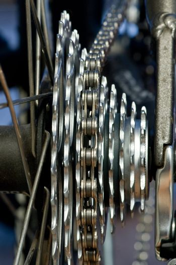 Rear MTB cassette with chain