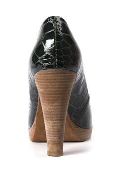 green women shoe
