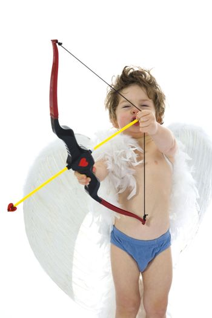 amur keeps bow with dart