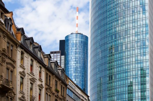 Old and new architecture in Frankfurt