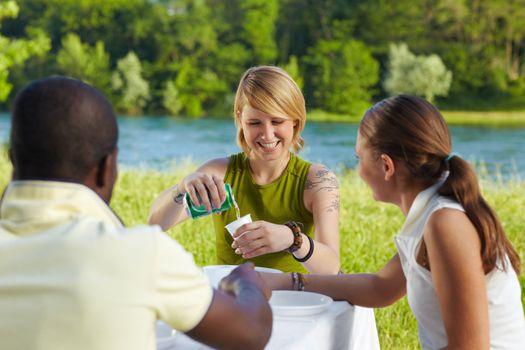 friends picknicking
