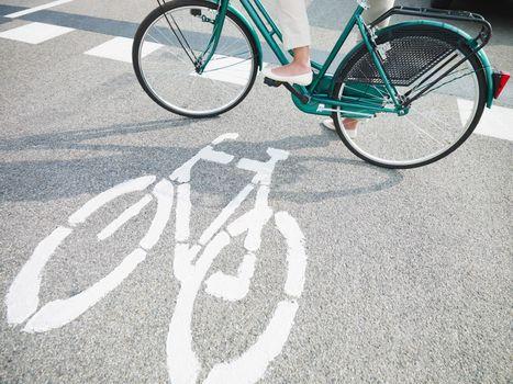 cycling lane sign