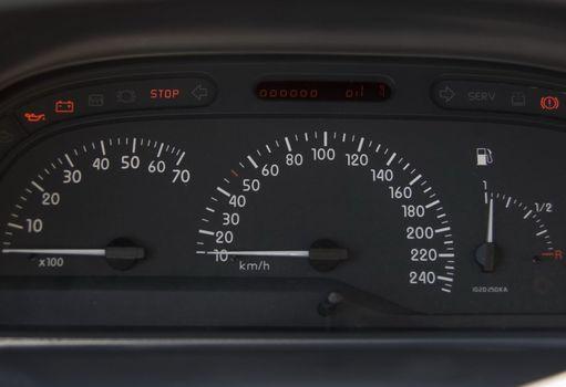 Speedometer found in modern cars