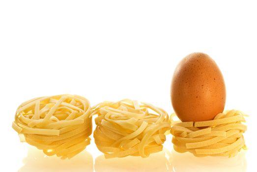 chikken egg as an ingredient of pasta