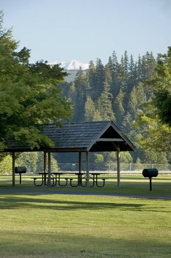 A picnic shelter in the park at Mud Mountain Dam near Mount Rainier in the state of Washington, USA.