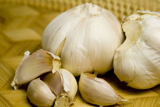 garlics in the basket