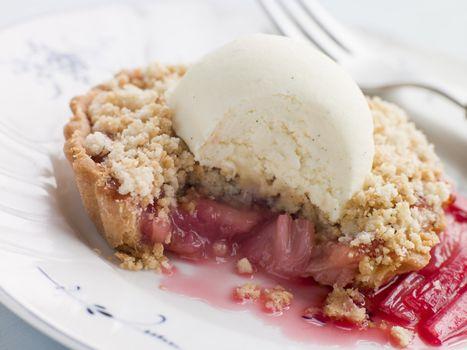 Rhubarb Crumble Tart with Vanilla Ice Cream