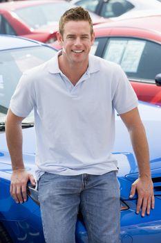 Man choosing new car