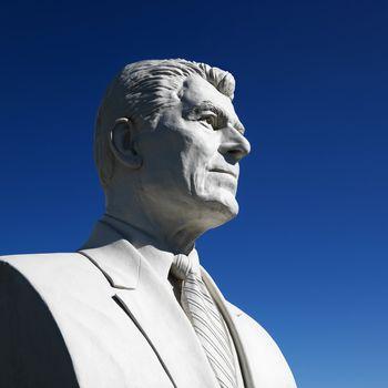 Bust of Ronald Reagan.