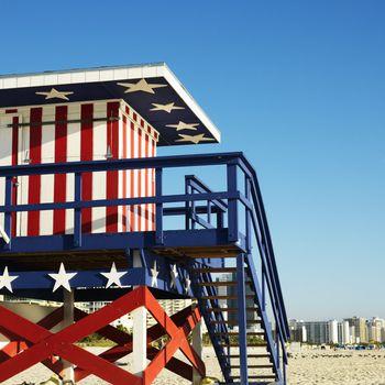 Americana lifeguard tower.