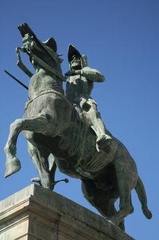 pizarro statue
