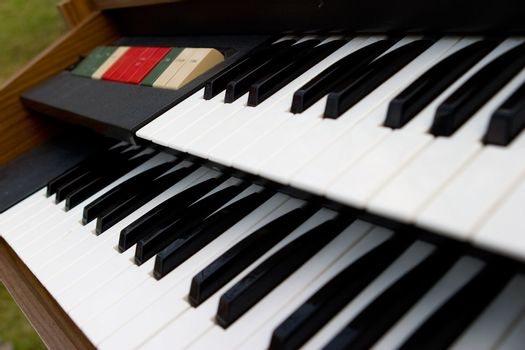 Retro Organ keys