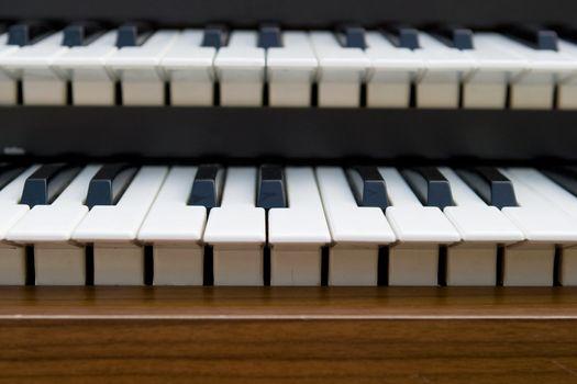 Retro Organ keyboard