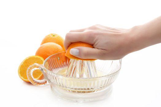 extracting orange juice