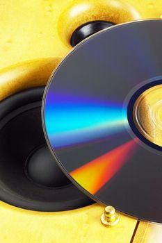 Loudspeaker and cd