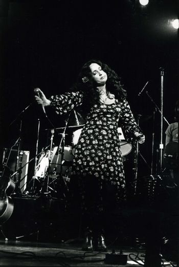 Maria Muldaur singing at a Symphony Hall performance in Boston, MA on April 18,1978