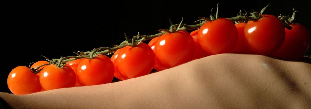 tomatoes on skinny belly