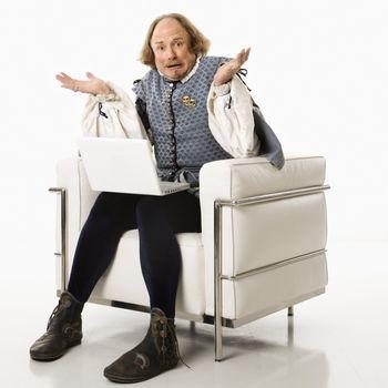 Shakespeare using laptop.