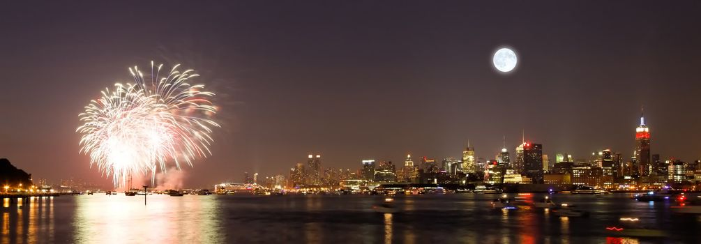 The fireworks in the country displayed over the Hudson River