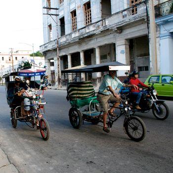 Street scenes of Navana, Cuba