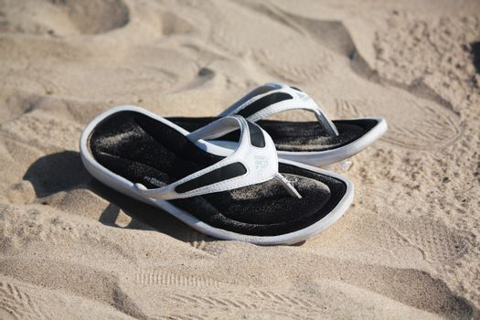 Shoes sand
