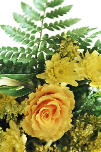 Bouquet of yellow colors