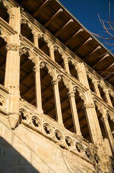 palace windows columns