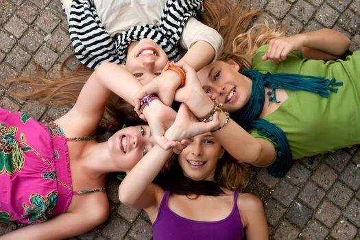 4 girls unity