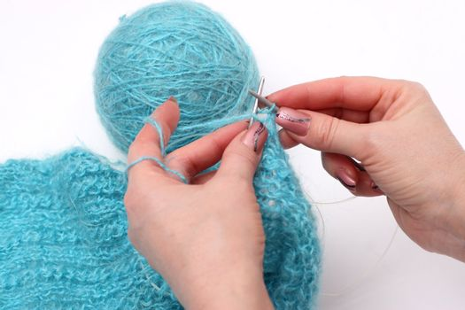 knitting a pullover
