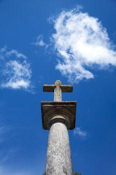 stone cross to the heaven