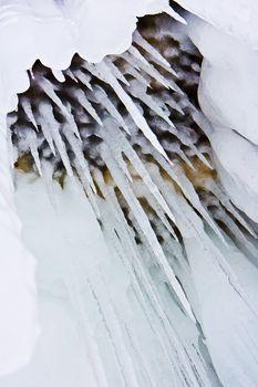 Dangerous icicles