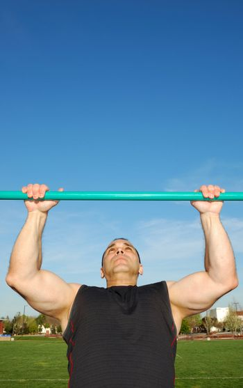Pull Ups Outdoors