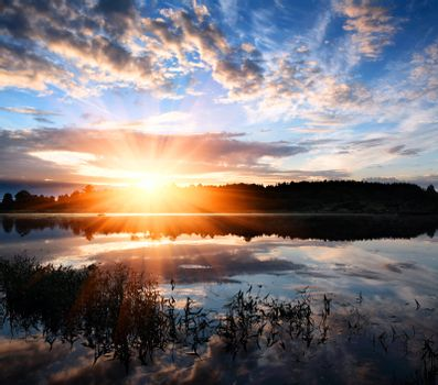 Dawn over the lake.