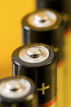 4 alcaline batteries