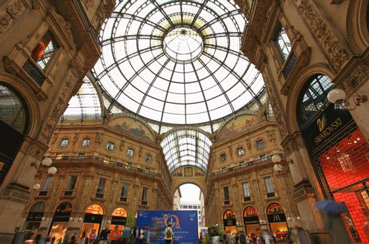 Gelleria Vittorio Emanuele II in Milan