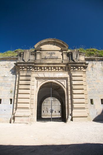 fortress of pamplona entry