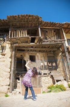 danger collapse house