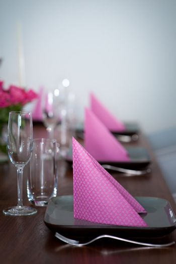 Pink and green modern serving