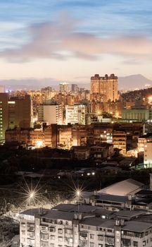 night scenes of city