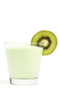 milkshake with a blade of a kiwifruit