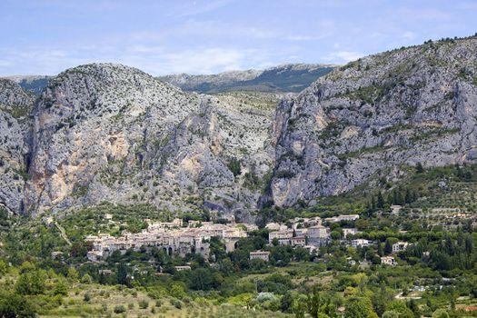 Moustiers-Ste-Marie, Alpes de Haute Provence