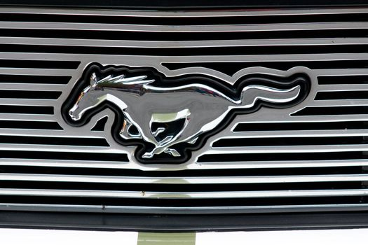 Ford Mustang grille emblem
