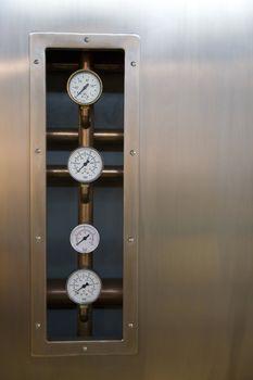 four control metres