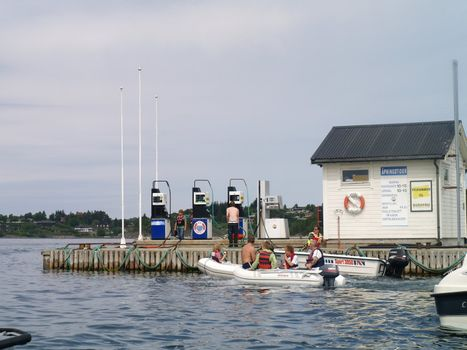 gasstation fore boats