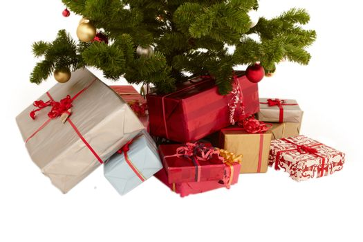Christmas tree with presents and copyspace